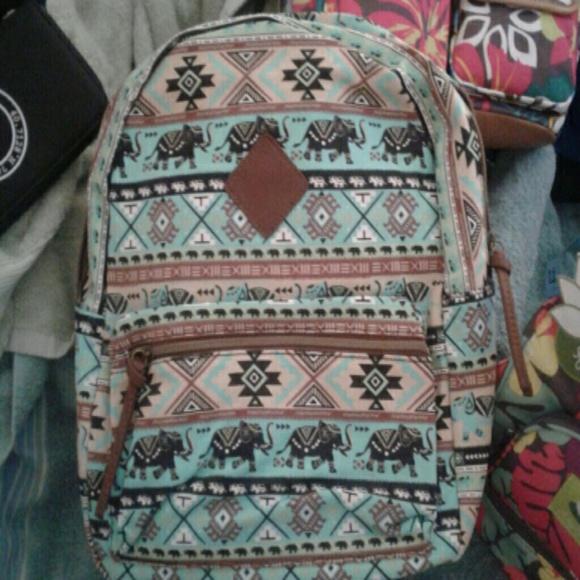 quality design 8cd76 0018f Elephant print backpack. NWT. Del Mano Handbags.  M 5b4bd1bbd6dc52a027a7e6aa. M 5b4bd1c3a31c33ce21f00b0d.  M 5b4bd1e0a5d7c6996b65ee69